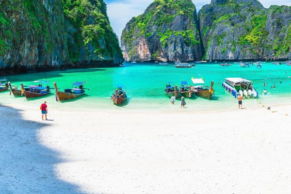 A beach view of the island of Phuket, which can be visited with a cheap holiday package from Flight Centre.